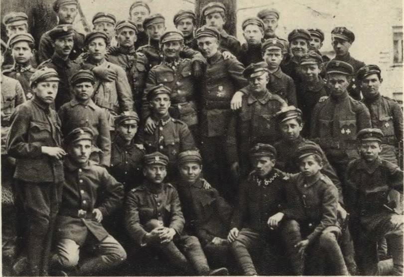 Orlęta Lwowskie I Anioł Pobojowiska Legenda Kurier Ostrowski